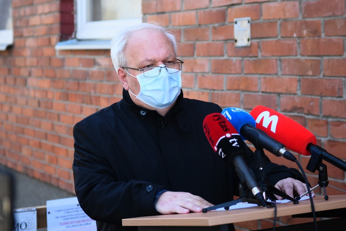 Panevėžio ligoninės vadovas: nuo koronaviruso miręs asmuo priskiriamas rizikos grupei