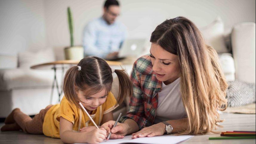 Karantino galimybės: aptarkite su vaikais asmeninės erdvės taisykles šeimoje