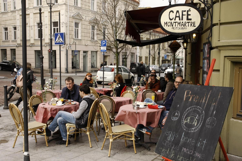 Restoranai rinktųsi ribojimus, kino teatrai – galimybių pasą