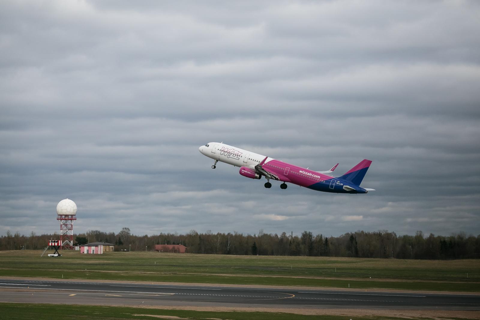 """""""Wizz Air"""" skrydžius į Oslą atnaujins trečiadienį, nuo birželio – ir į kitus miestus"""