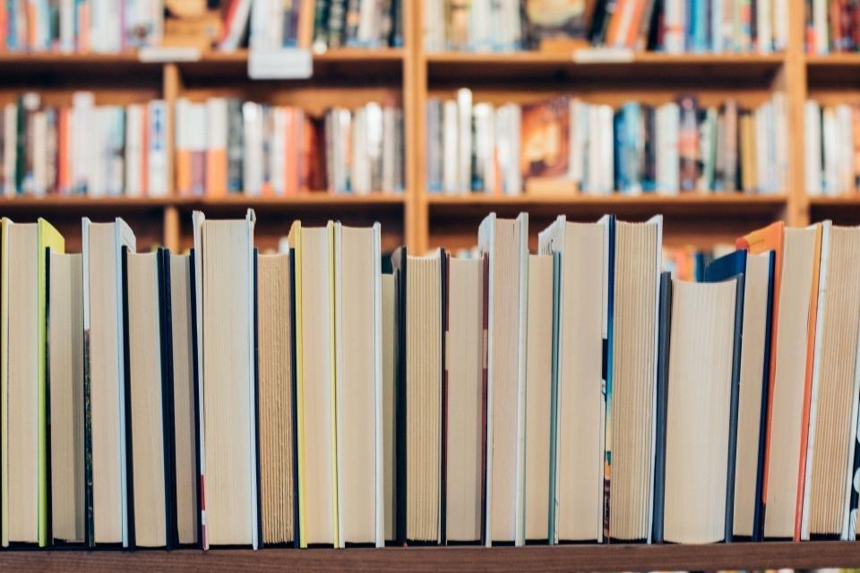 Nuo kitos savaitės bibliotekos teiks daugiau paslaugų