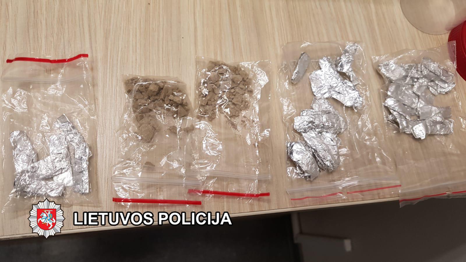 Rietave aptikta narkotikų
