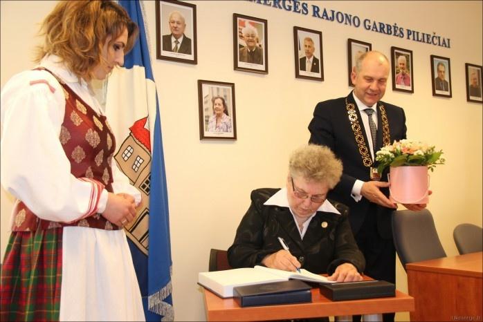 Neeiliniame Tarybos posėdyje paaiškės, kam bus suteiktas Ukmergės rajono garbės piliečio titulas