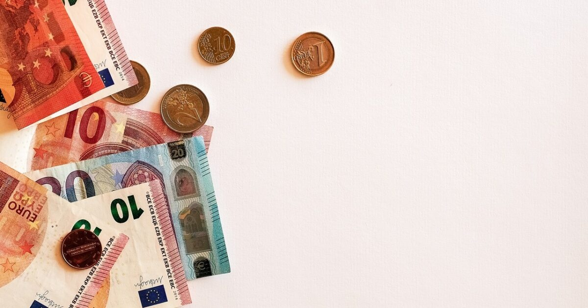 Galimos finansinės krizės akivaizdoje: patarimai investuotojams iš ekspertų lūpų