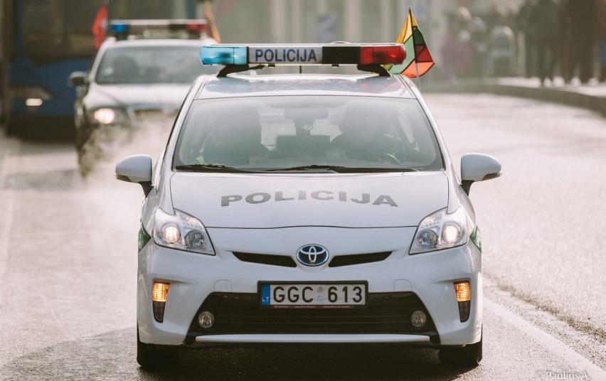 Ne tarnybos metu uostamiesčio pareigūnai sulaikė net du neblaivius vairuotojus