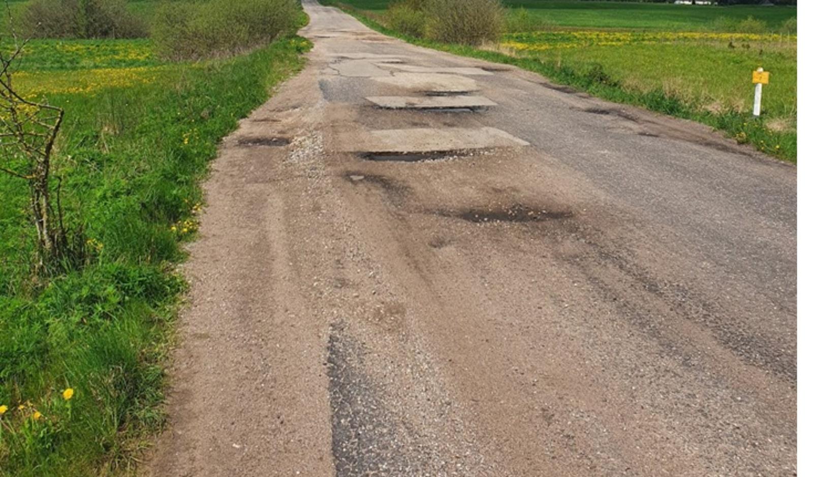 Rokiškio rajone bus pradėtas ilgai laukto kelio tvarkymas