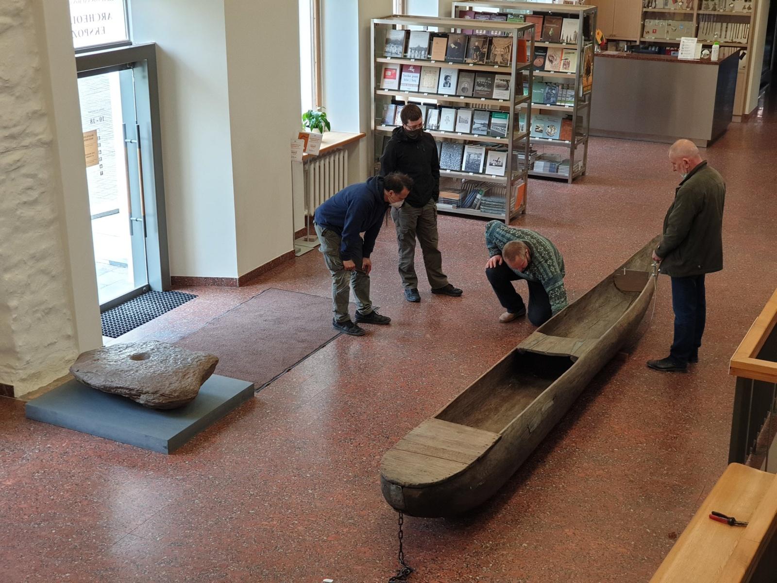Archeologijos ekspoziciją papildė išskirtinio dydžio luotai