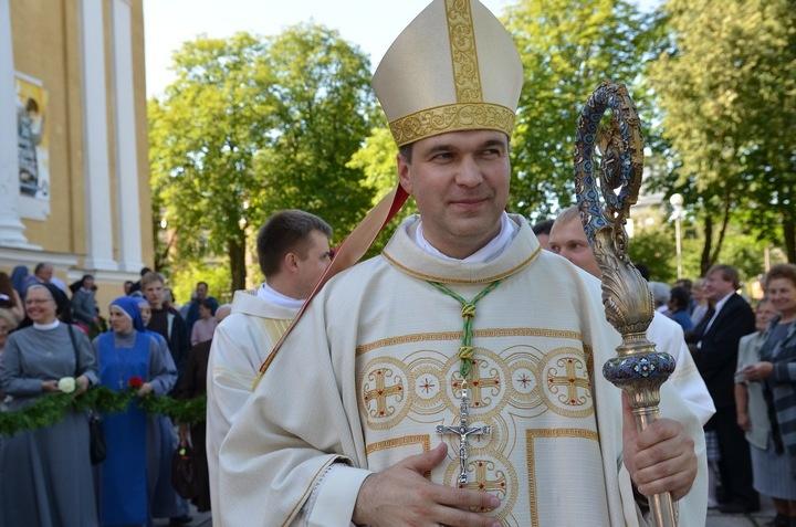 Tarptautinei vaikų gynimo dienai paminėti – Šv. Mišios už vaikus visoje Panevėžio vyskupijoje