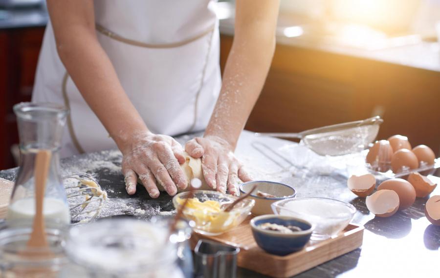 Patiekalų gamyba namuose – pomėgis iš kurio galima užsidirbti