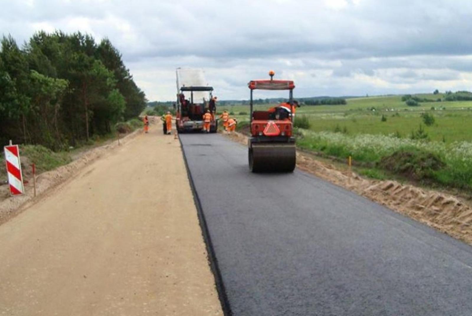 Tęsiama žvyrkelių asfaltavimo programa Akmenės rajone