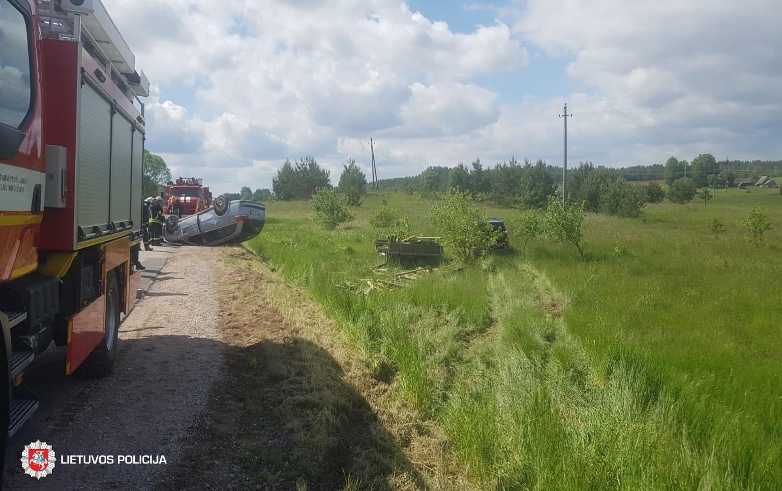 Savaitgalis Lietuvos keliuose: sužeisti 34 žmonės, vienas mirė ligoninėje