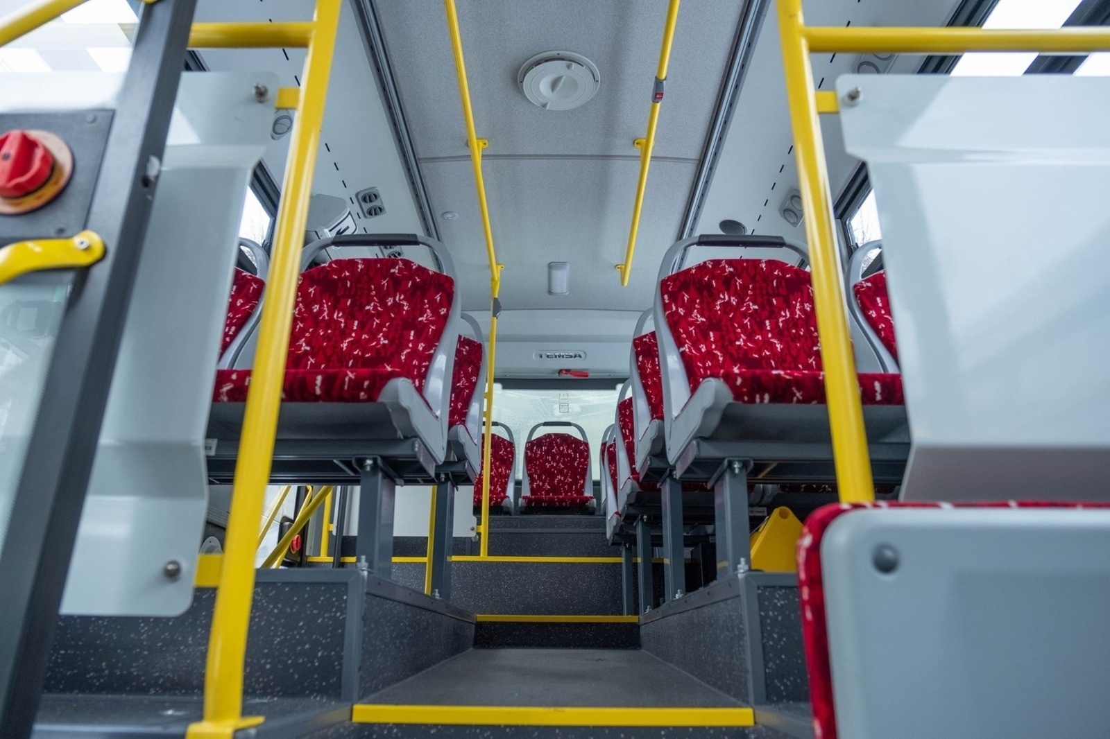 """""""Kautra"""" skelbia visiškai atnaujinusi susisiekimą tarpmiestiniais autobusais"""