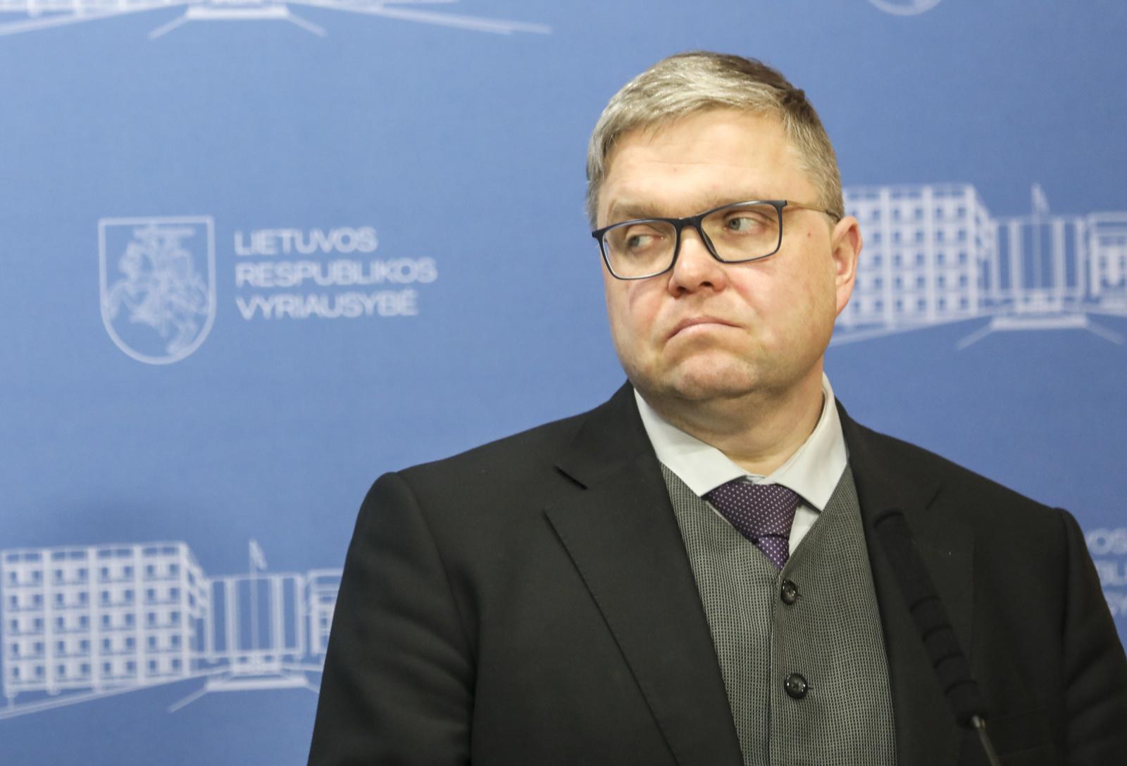 V. Vasiliauskas: Lietuvos skolos augimas būtų vienas didžiausių istorijoje