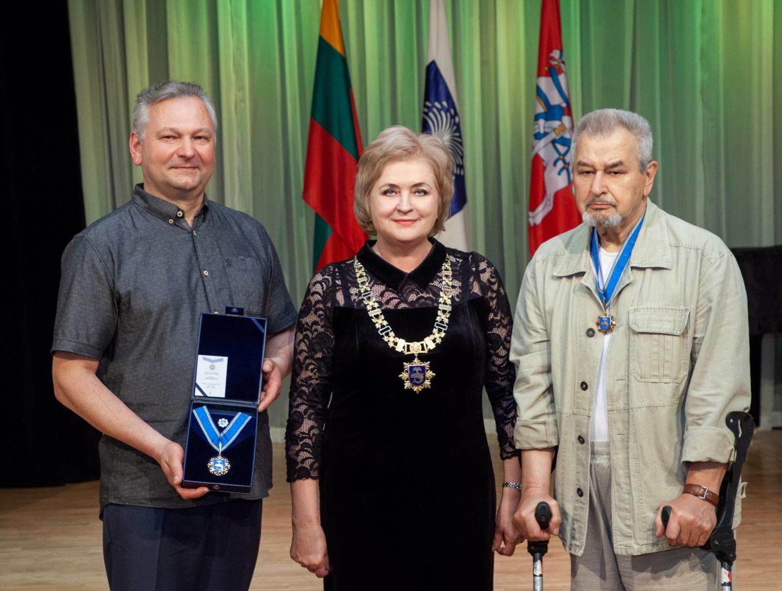 Iškilminga Birštono garbės piliečio vardo suteikimo ceremonija: gretas papildė du išskirtiniai, Birštono kraštui nusipelnę, žmonės