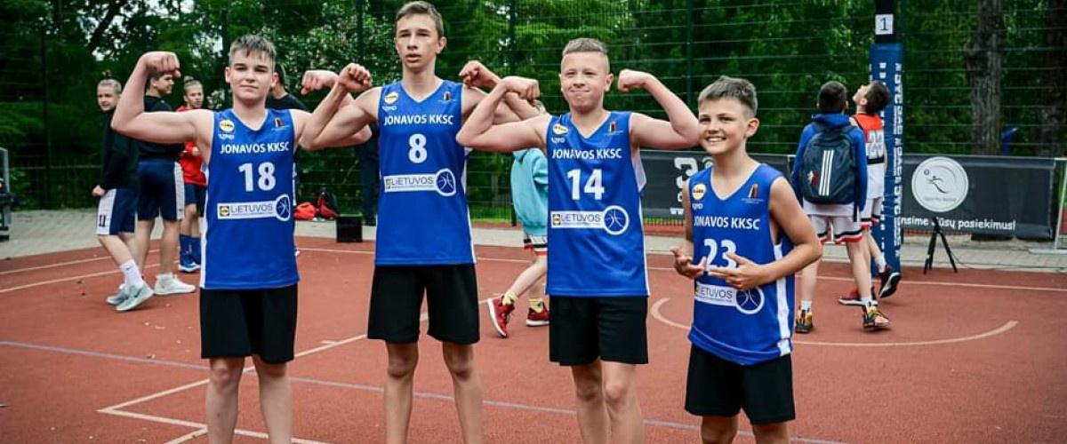 Pergalingas jaunųjų Jonavos krepšininkų startas Lietuvos 3x3 krepšinio čempionate