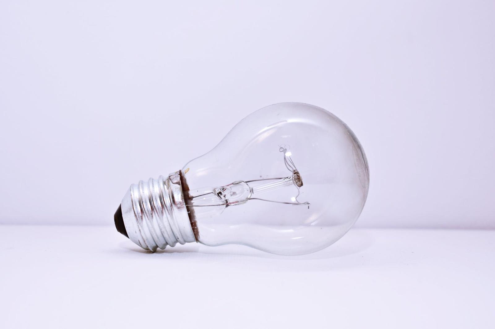 Rugsėjį gaminančių elektrą vartotojų – beveik 3 kartus daugiau nei prieš metus