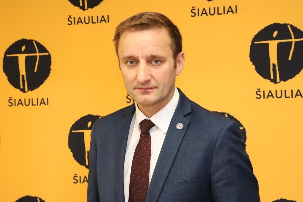 Už kaukės nedėvėjimą nubaustas Šiaulių meras: buvau apskųstas