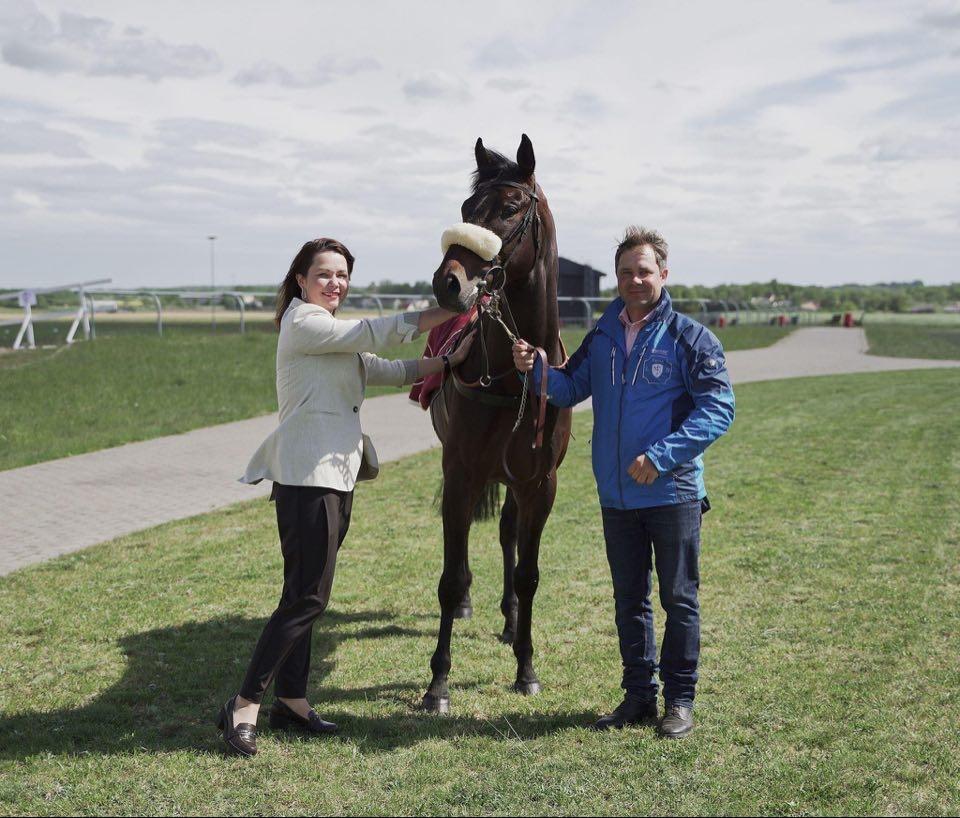 Sugrįžusio emigranto siekis – aukščiausio lygio žirgų lenktynės Dzūkijos hipodrome