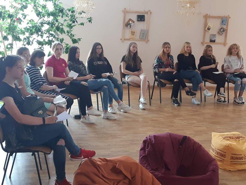 Šiandien darbą pradeda pagal moksleivių ir studentų užimtumo didinimo programą įdarbintas jaunimas
