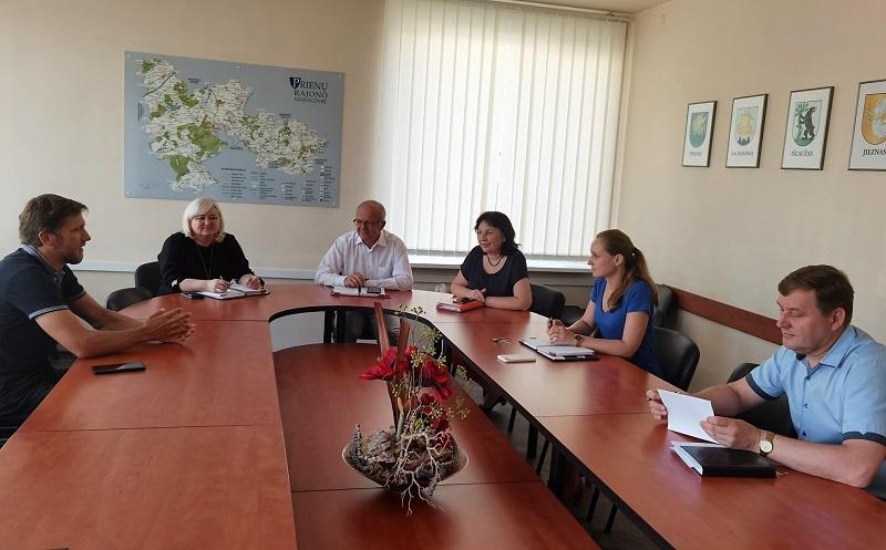 Susitikime aptarti liepos 25 d. vyksiančio pėsčiųjų žygio Nemuno kilpomis organizaciniai klausimai