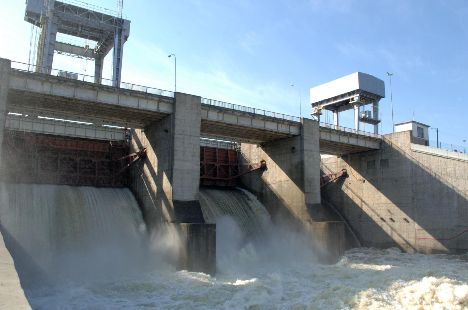 Vidaus vandens kelių direkcija kreipiasi į teismą: laivybą Nemune gramzdina biurokratija