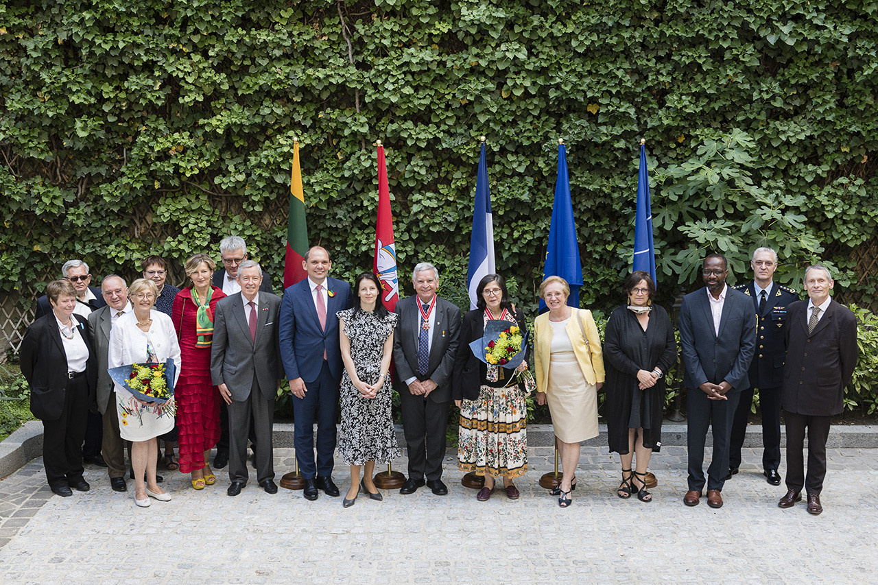Apdovanoti Lietuvai nusipelnę garbės konsulai Prancūzijoje