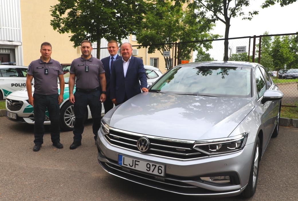 Kauno apskrityje pradės patruliuoti naujas policijos automobilis be skiriamųjų ženklų