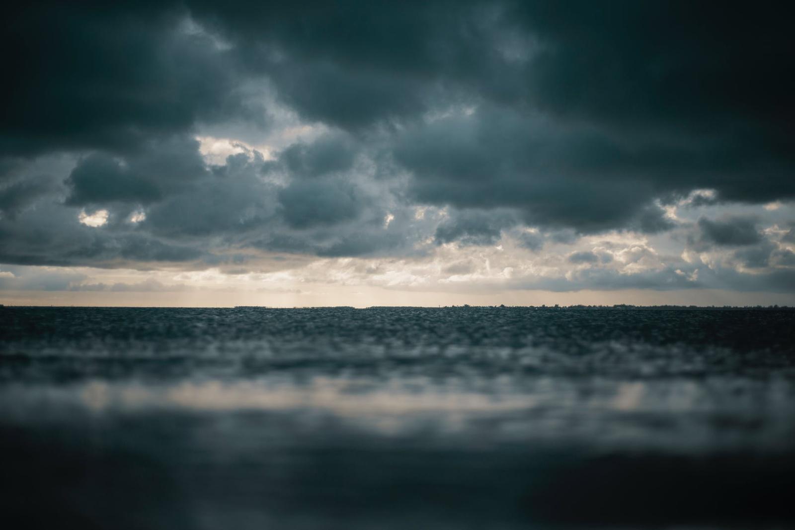 Orai: spalis atneš niūresnių pokyčių
