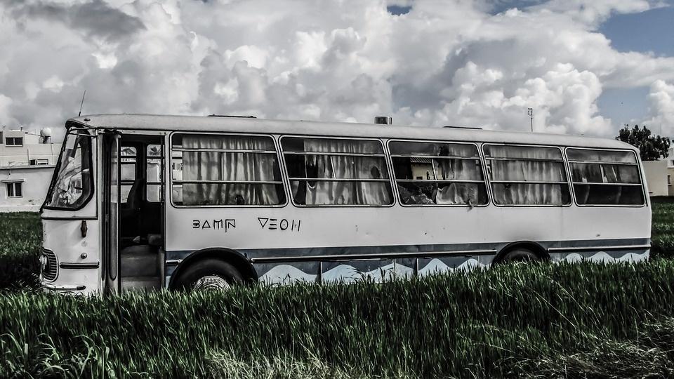 Kinijoje nepatenkintas vairuotojas kaltinamas sąmoningai sukėlęs autobuso avariją