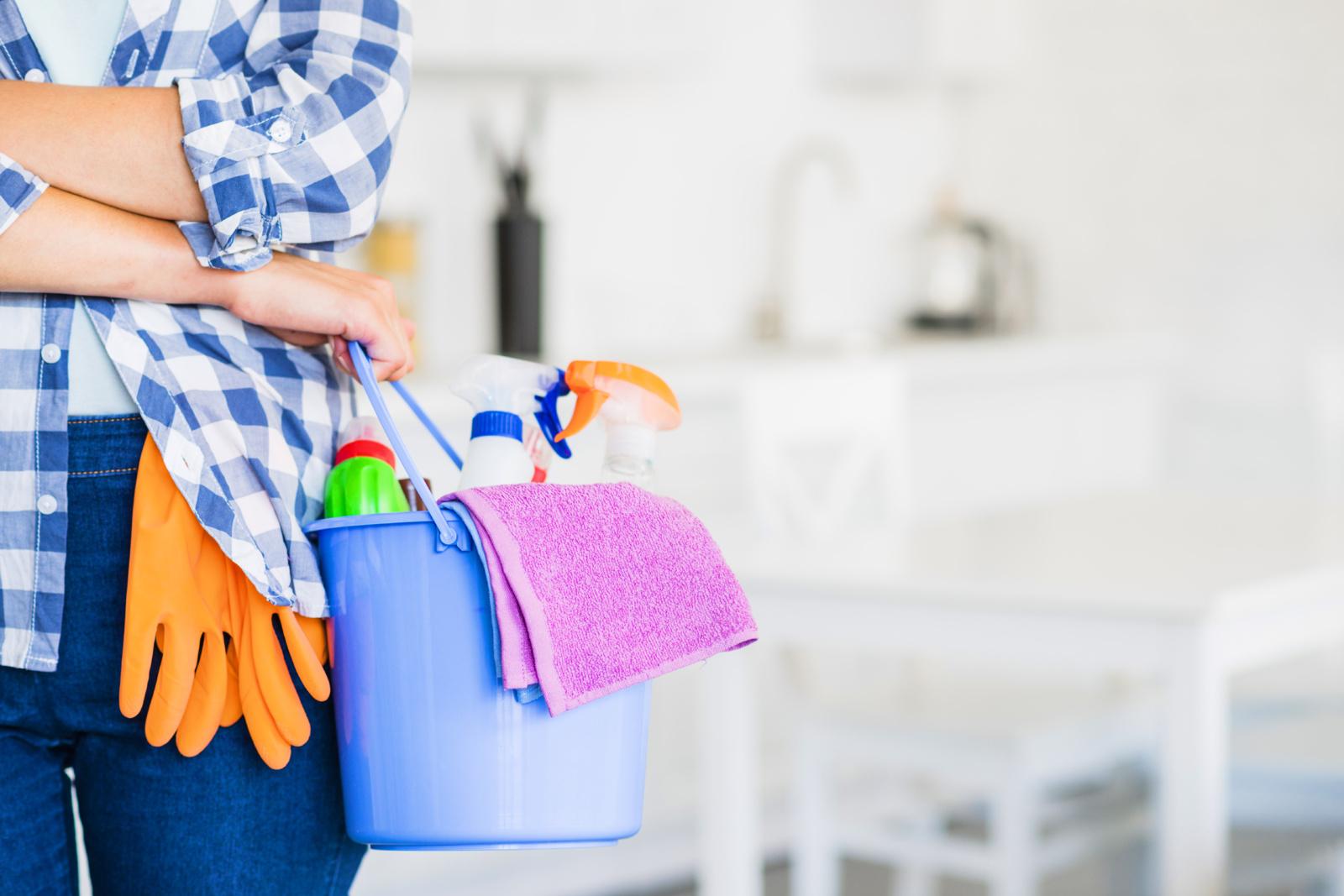 Blogas kvapas švariuose namuose? Gudrybės, kaip jį panaikinti