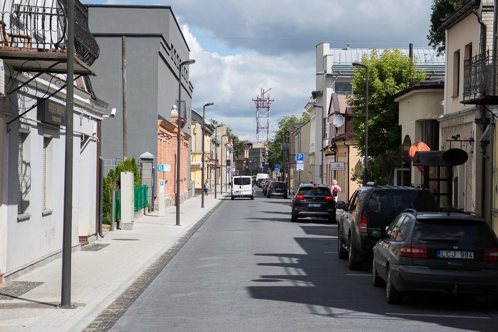 """Panevėžiečiai džiaugiasi Respublikos gatvės rekonstrukcija: """"Tikrai vertėjo laukti ir sulaukti"""""""