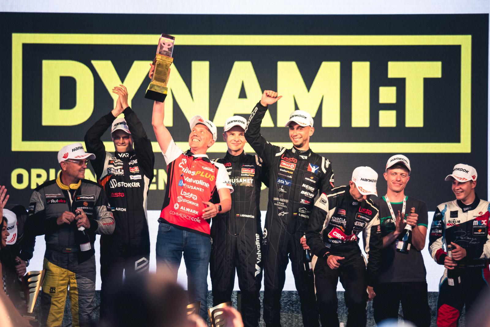 """21-osios """"Aurum 1006 km lenktynės"""" paneigė mitą : jas laimėjo ir pernai čia pergalę šventusi komanda"""