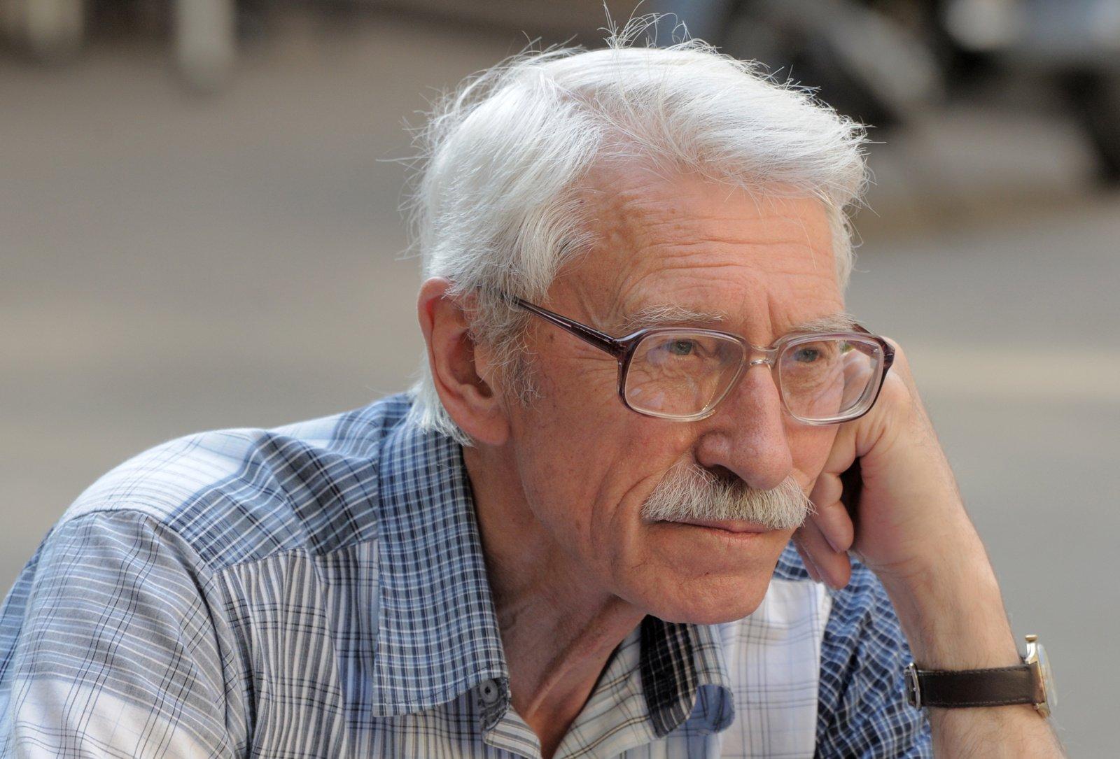 Mirė teatro ir kino aktorius Karolis Dapkus