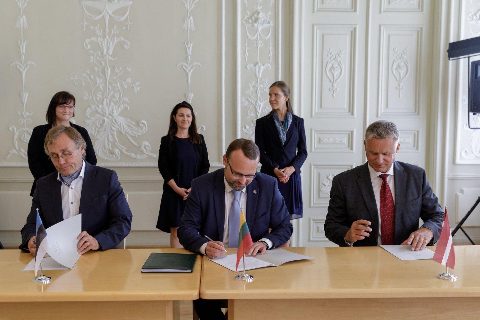 Baltijos šalių kultūros ministrų pasirašytas memorandumas – dar vienas žingsnis geriau pažinti vieniems kitų kultūras