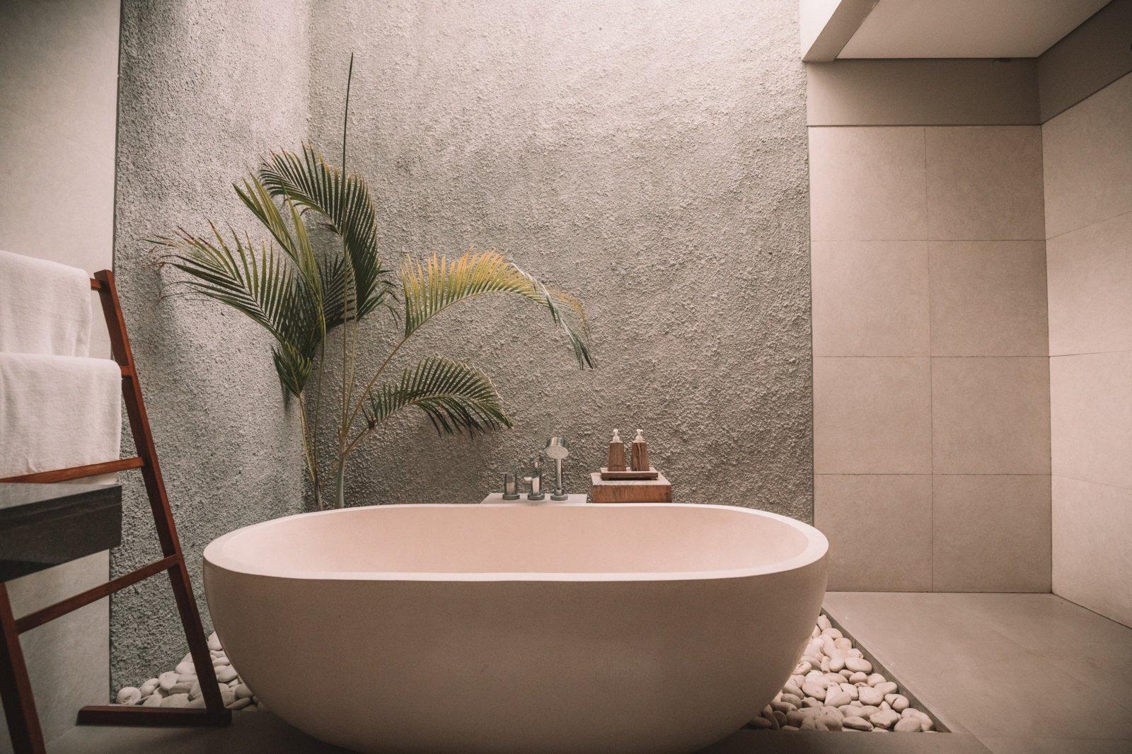 Dažniausiai pasitaikančios įrengimo problemos ir sunkumai vonios kambaryje