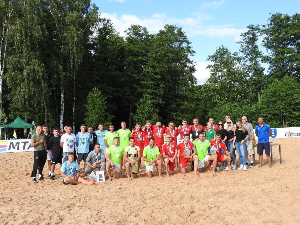Ignalinoje startavo Lietuvos paplūdimio futbolo čempionatas