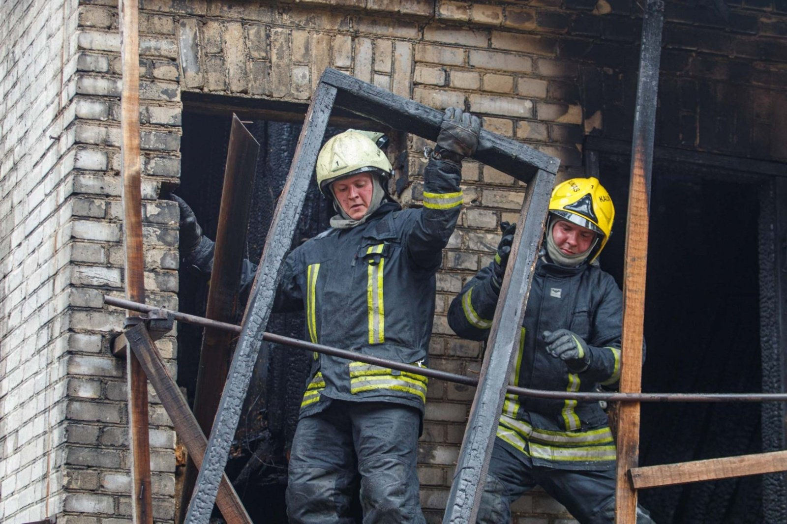 Į patį Kauno centrą sulėkė net 5 ugniagesių brigados