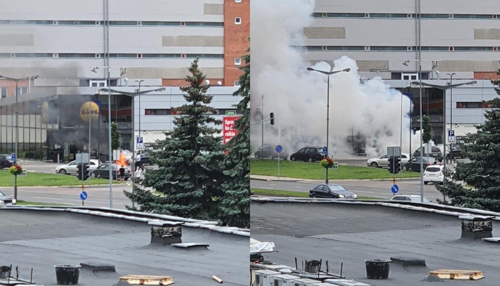 Panevėžyje sudegė lengvasis automobilis