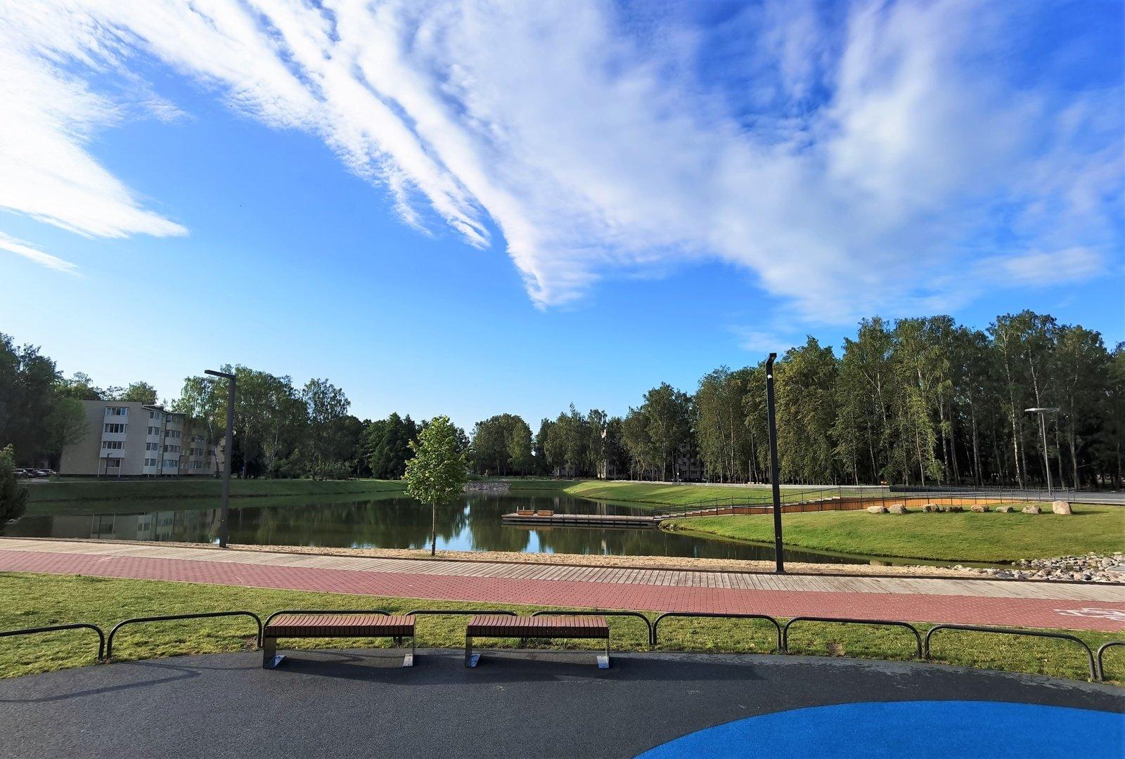 Prienų Beržyno parko tvenkinio ir Jiezno ežero vandens kokybė gera