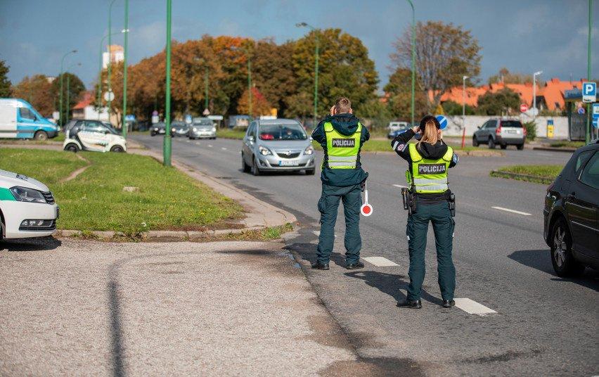 Klaipėdos Kelių policijos pareigūnai baudė neblaivius vairuotojus ir dviratininkus