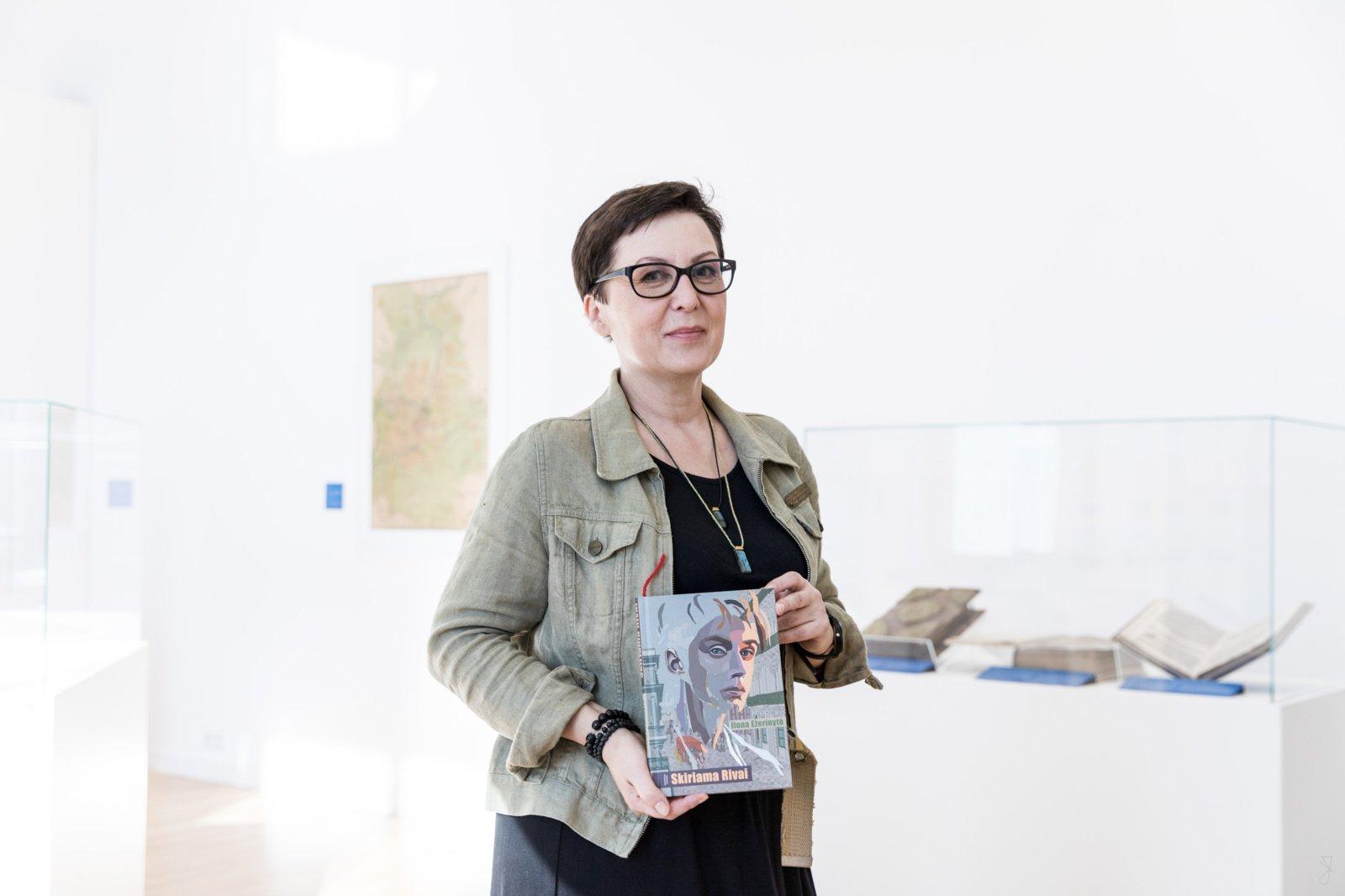 Rašytoja Ilona Ežerinytė apie Šiaulius, kūrybą ir literatūrą