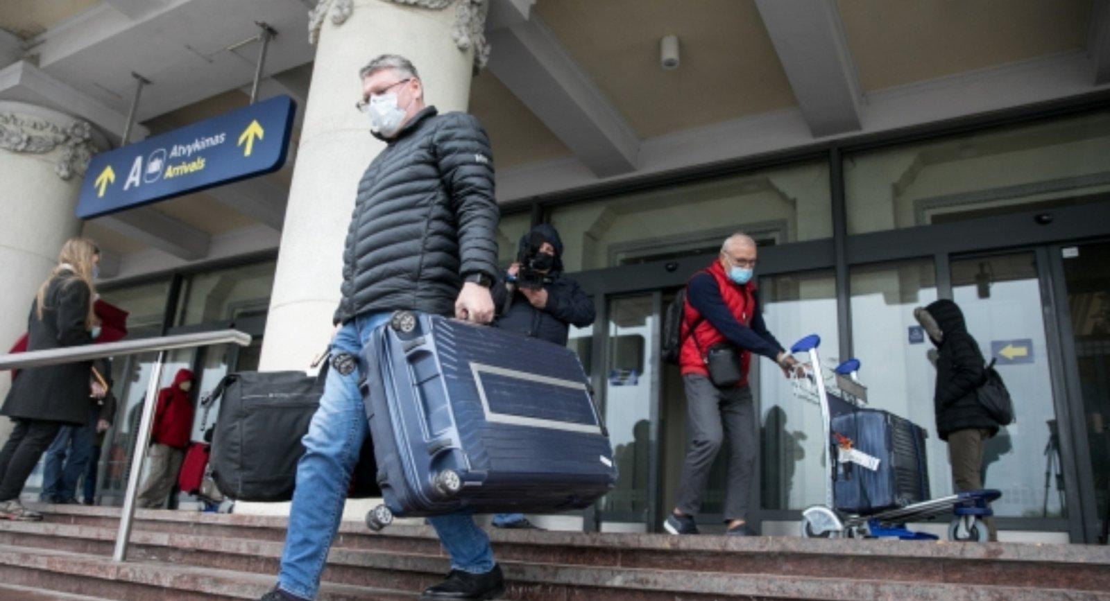Grįžtantiems iš Lenkijos, Nyderlandų, Islandijos, Kipro, Turkijos – privaloma izoliacija
