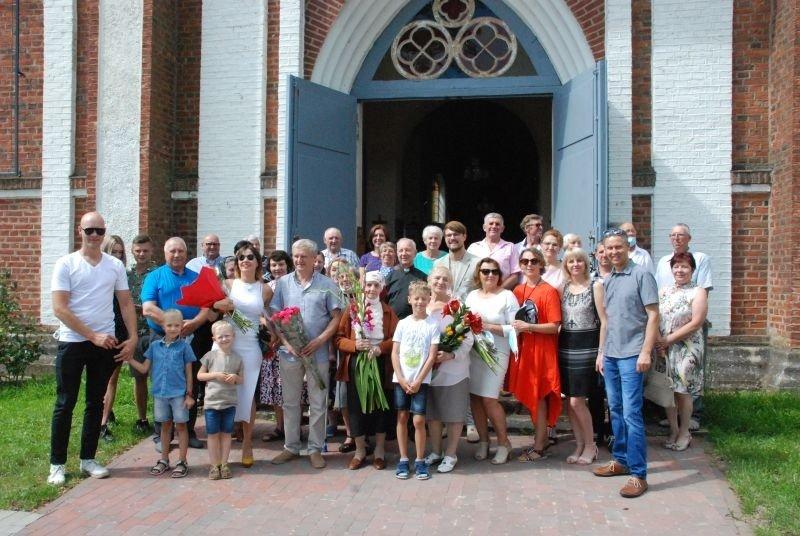 Papilėniškė atšventė savo 100-ąją gimimo dieną