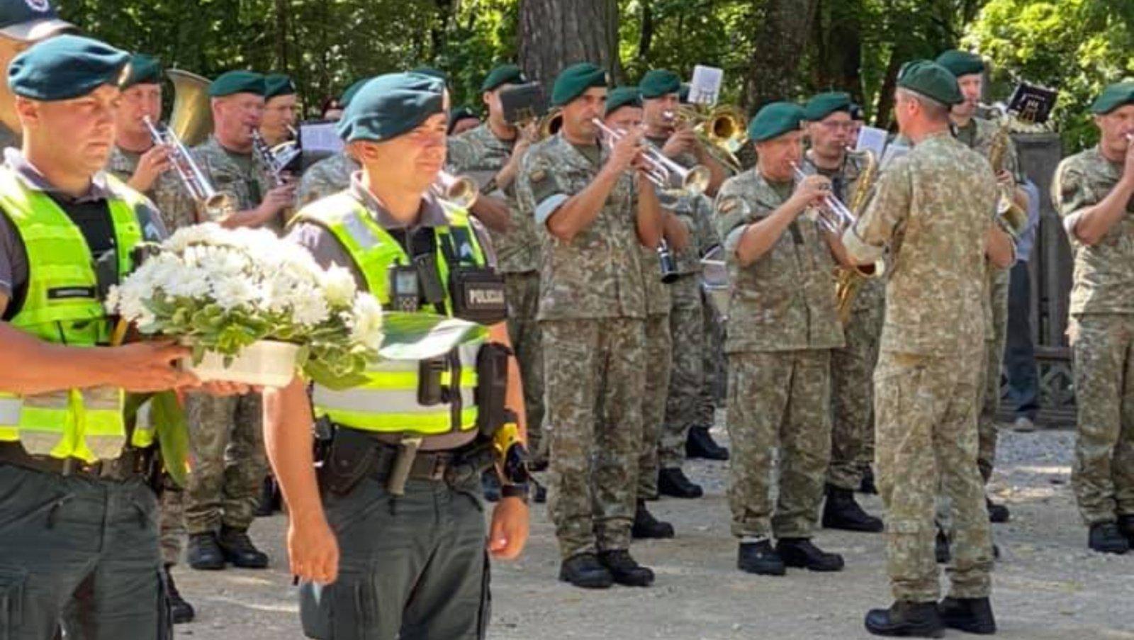 Alytaus rajone paminėtos kario savanorio Artūro Sakalausko 29-osios žūties metinės