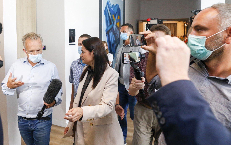 Įvertino S. Cichanouskojos spaudos konferenciją: ji politikoje dar tik žengia pirmuosius žingsnius