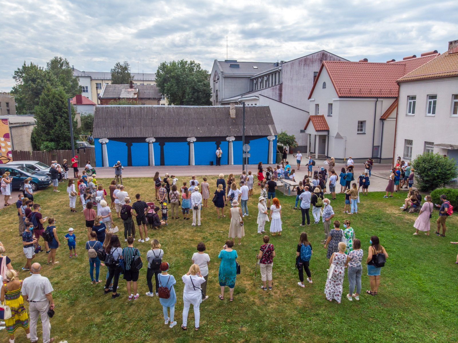 Gatvės meno meka vadinama Marijampolė pasipuošė naujais tarptautinio meno simpoziumo Malonny kūriniais
