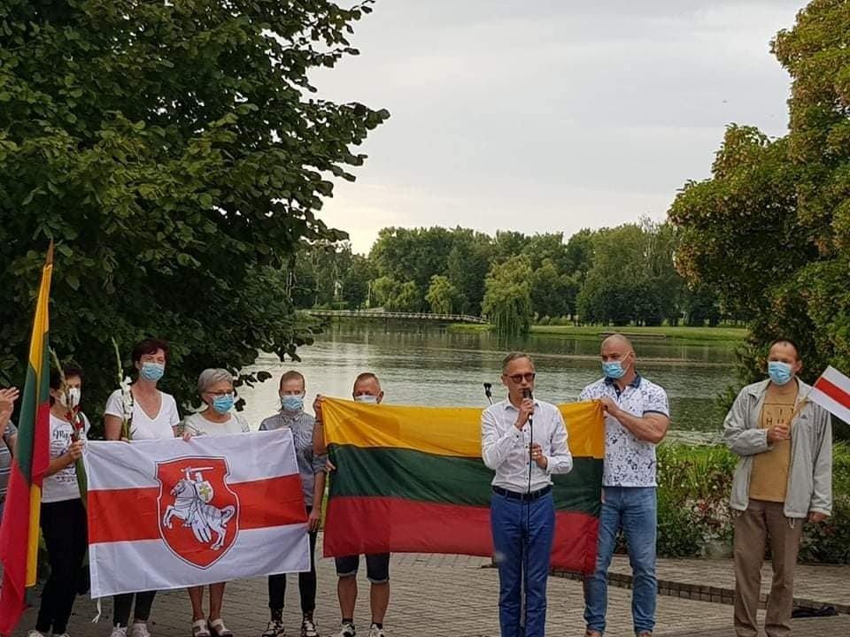 Šakiuose įvyko Baltarusijos palaikymo akcija