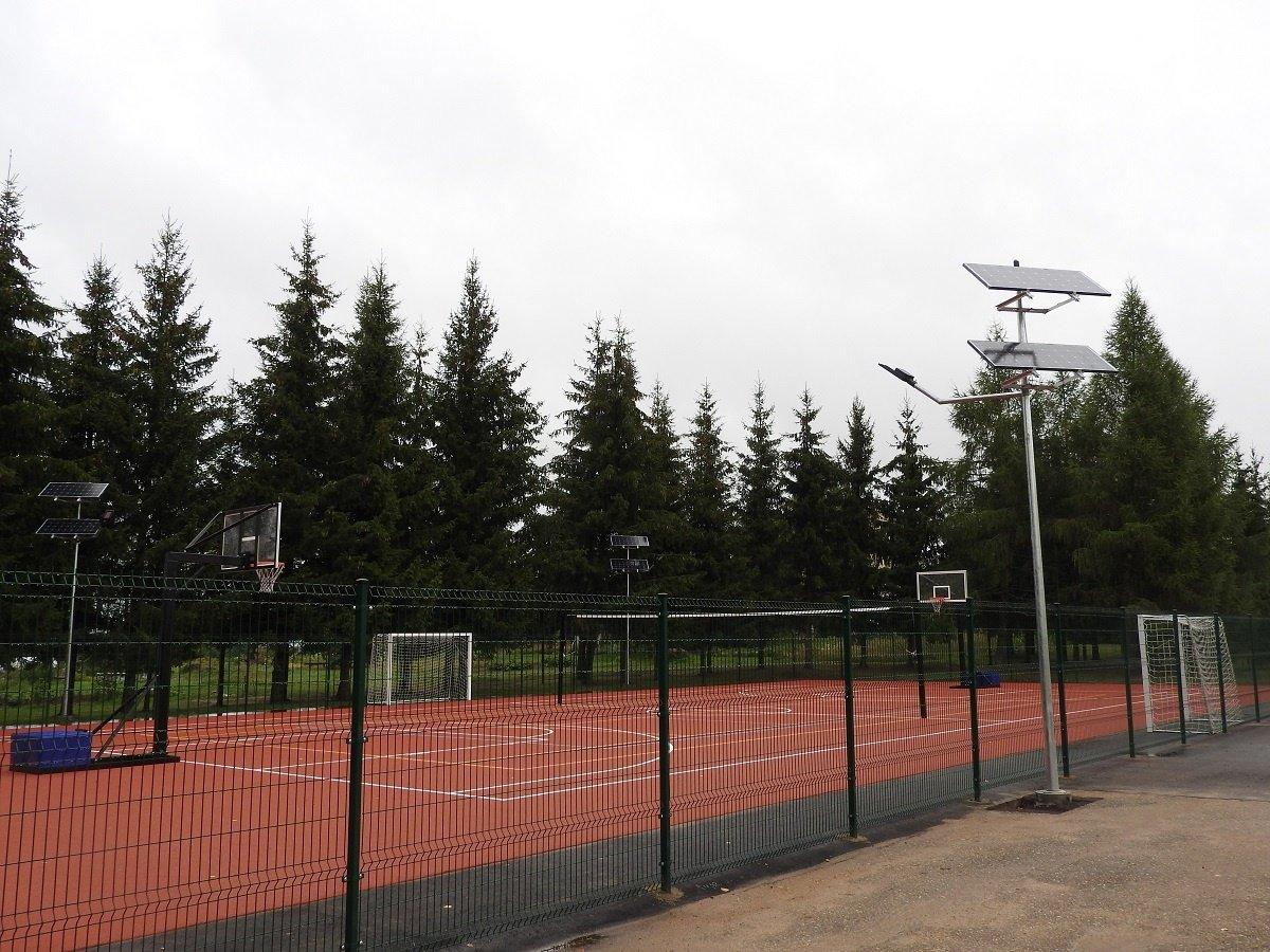 Vidiškėse – nauja sporto aikštelė
