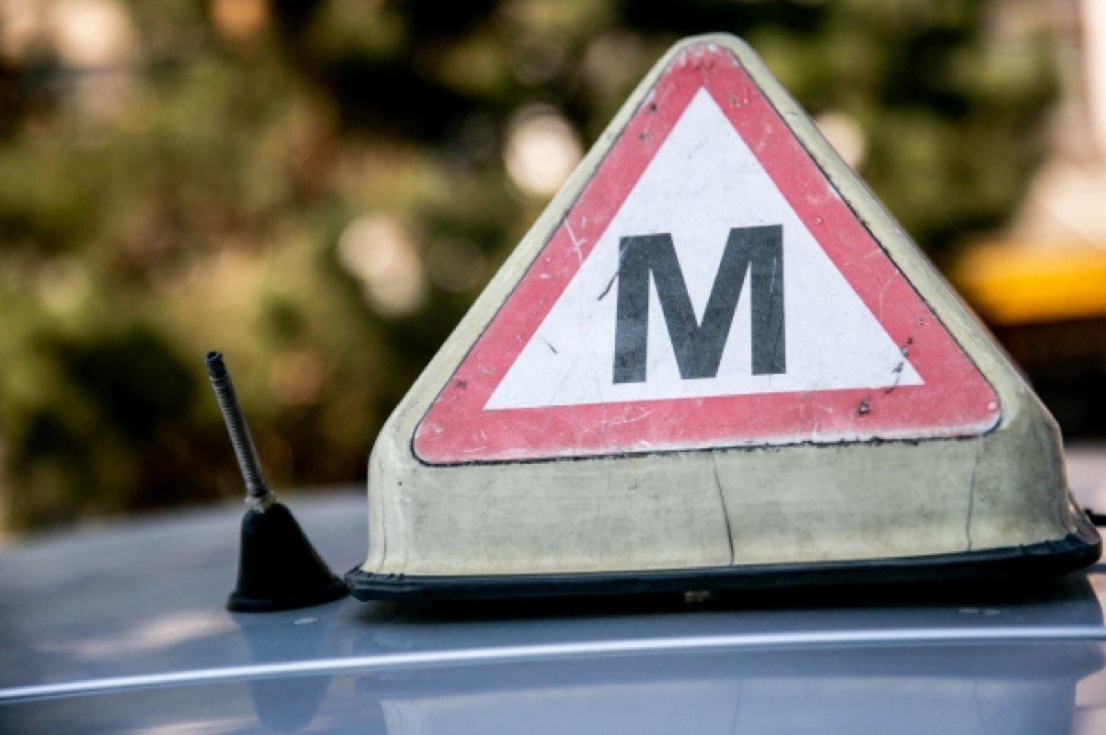 """""""Regitra"""" vairavimo egzaminuose įtrauks užduotį vairuoti su navigacija"""
