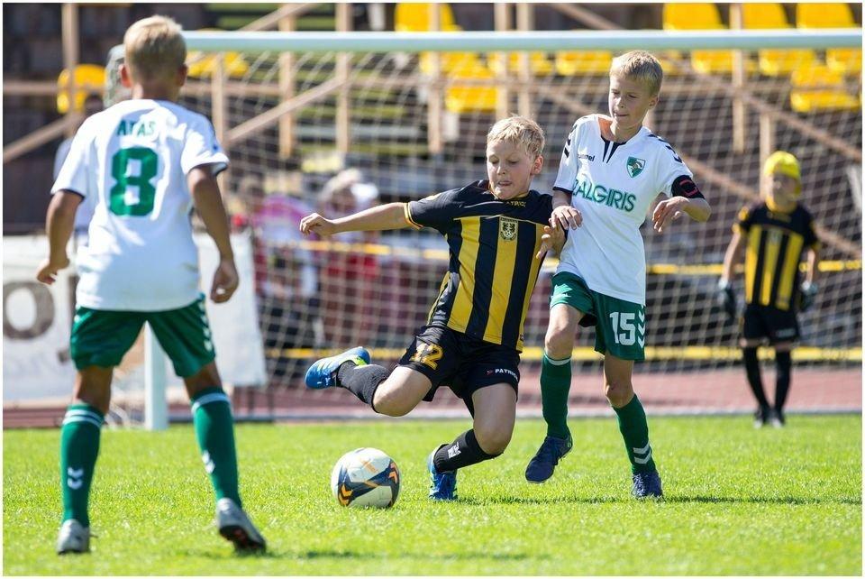 Naująjį sezoną vaikų futbolas pasitinka su permainomis